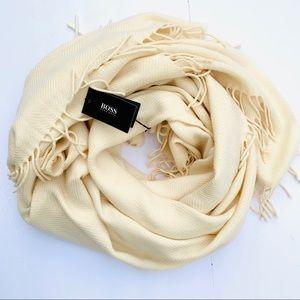 NWT Boss Hugo Boss Wool Shawl / Scarf $300 Cream